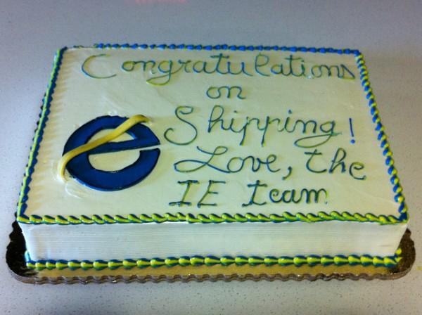 Urodzinowy tort dla twórców Internet Explorera 10 2